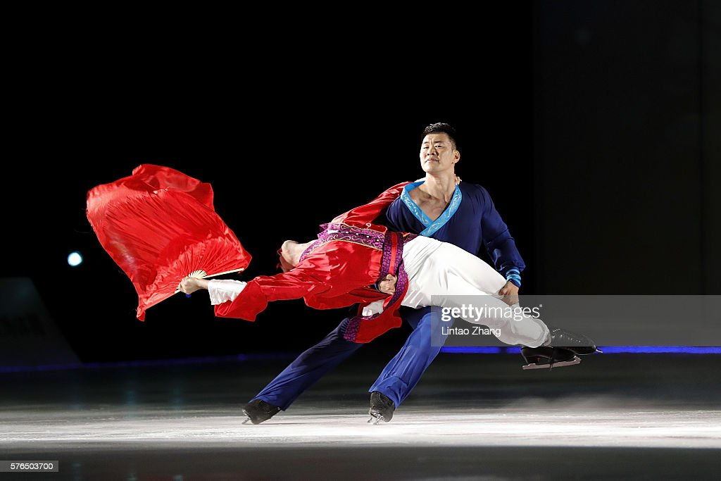 Figure Skater Johnny Weir and Zhang Hao performs during the 2016 'Amazing on Ice' at Capital Indoor Stadium on July 15, 2016 in Beijing, China.