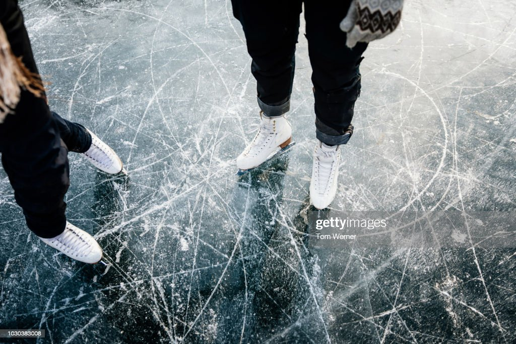 Figure Skater's Ice Skates From Above : Foto de stock
