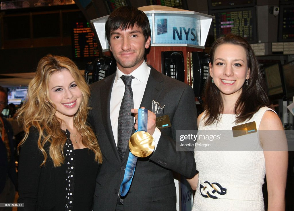 U.S. Figure Skating Association Rings The NYSE Closing Bell To Honor The 1961 U.S. World Team : News Photo