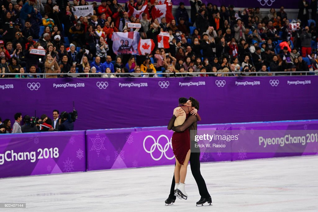 Canada Tessa Virtue and Scott Moir in action, victorious during Ice Dance Free Dance at Gangneung Ice Arena. Canada won gold medal. Erick W. Rasco X161686 TK1 )
