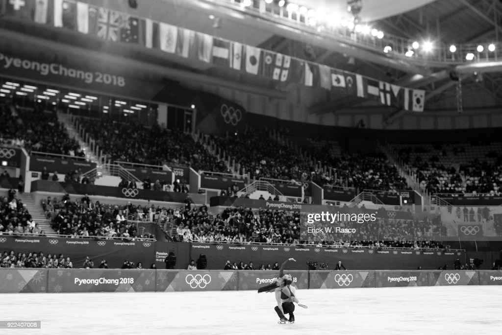 France Gabriella Papadakis and Guillaume Cizeron in action during Ice Dance Free Dance at Gangneung Ice Arena. France won silver medal. Erick W. Rasco X161686 TK1 )