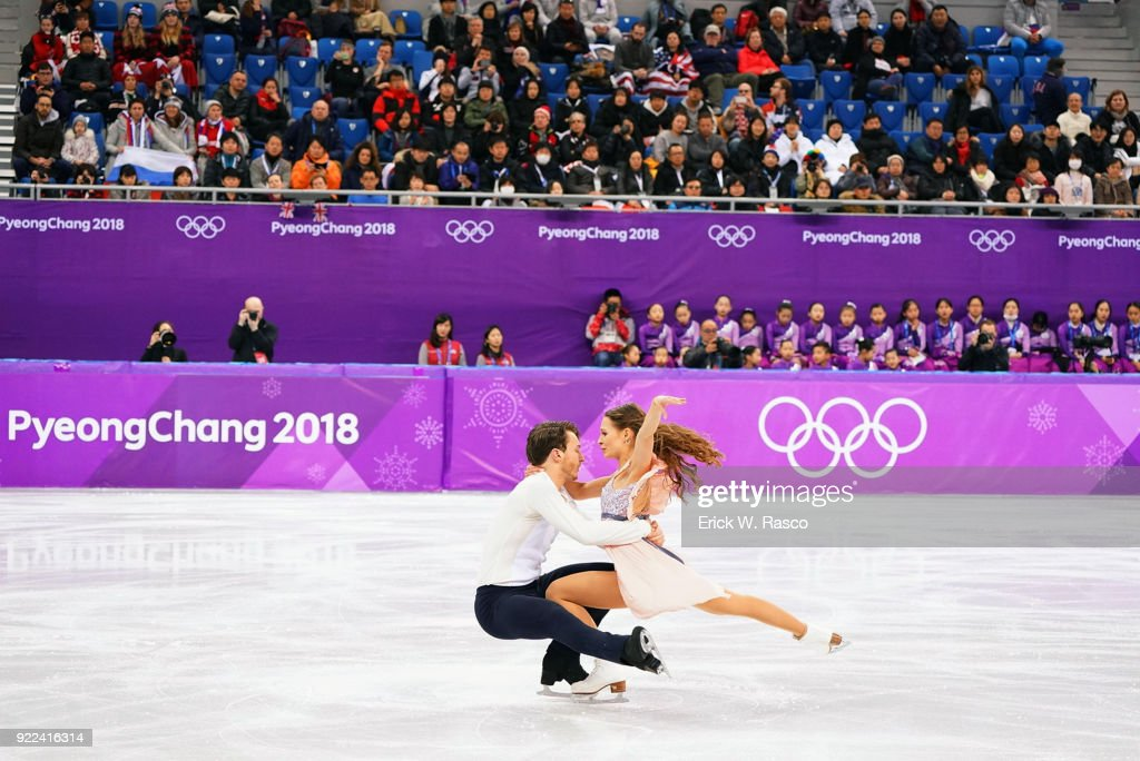 Germany Kavita Lorenz and Joti Polizoakis in action during Ice Dance Free Dance at Gangneung Ice Arena. Erick W. Rasco X161686 TK1 )
