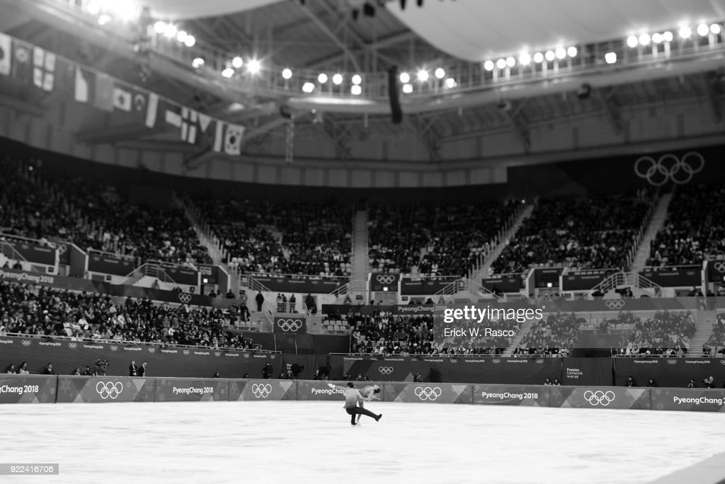Japan Kana Muramoto and Chris Reed in action during Ice Dance Free Dance at Gangneung Ice Arena. Erick W. Rasco X161686 TK1 )