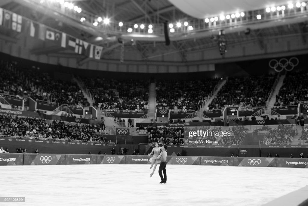 Olympic Athletes from Russia (OAR) Tiffani Zagorski and Jonathan Guerreiro in action during Ice Dance Free Dance at Gangneung Ice Arena. Erick W. Rasco X161686 TK1 )