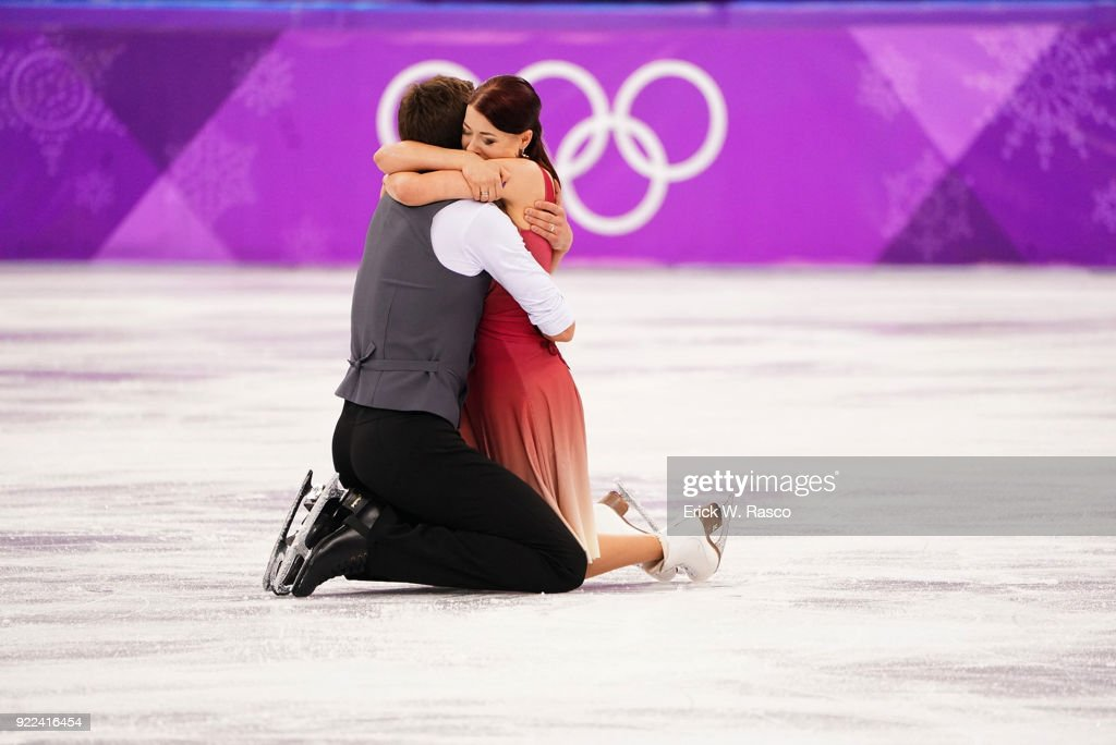 Olympic Athletes from Russia (OAR) Ekaterina Bobrova and Dmitri Soloviev victorious at the end of Ice Dance Free Dance at Gangneung Ice Arena. Erick W. Rasco X161686 TK1 )