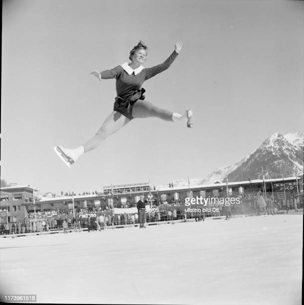 #phs.007949 Photo SJOUKJE DIJKSTRA /& MANFRED SCHNELLDORFER 1963 FIGURE SKATER