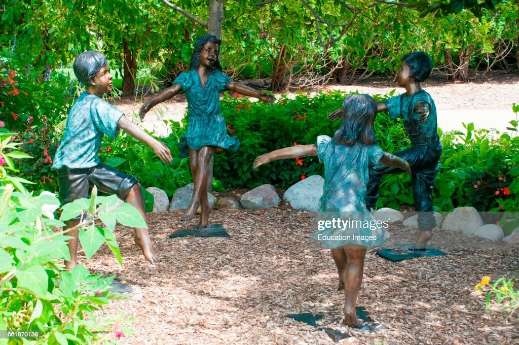 Figures of dancing children, Rotary Gardens, Janesville, Wisconsin ...