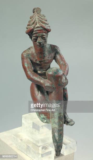 Figurine foundation god driving a nail Gudea Oriental Art Louvre Museum Mesopotamia