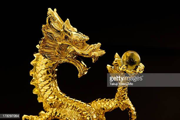 Figurine of a dragon