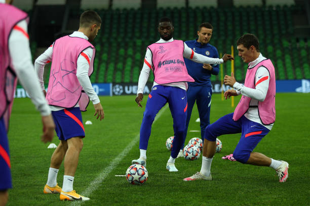 Fikayo Tomori and Andreas Christensen of Chelsea in training ahead of the UEFA Champions League Group E stage match between Chelsea FC and FC...