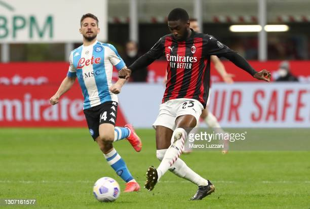 Fikayo Tomori of AC Milan in action during the Serie A match between AC Milan and SSC Napoli at Stadio Giuseppe Meazza on March 14, 2021 in Milan,...