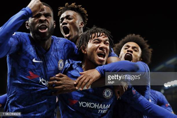 Fikayo Tomori of Chelsea FC Tammy Abraham of Chelsea FC Reece James of Chelsea FC Willian of Chelsea FC during the UEFA Champions League group H...