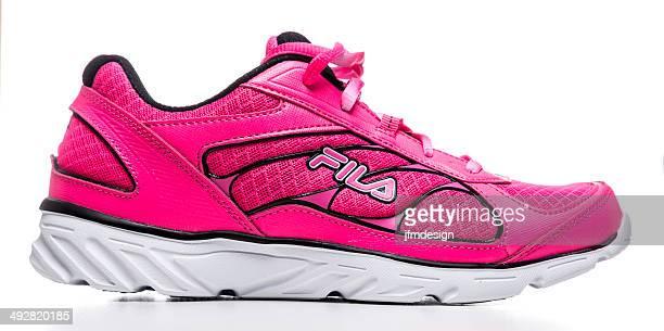 Fila womens runner shoe