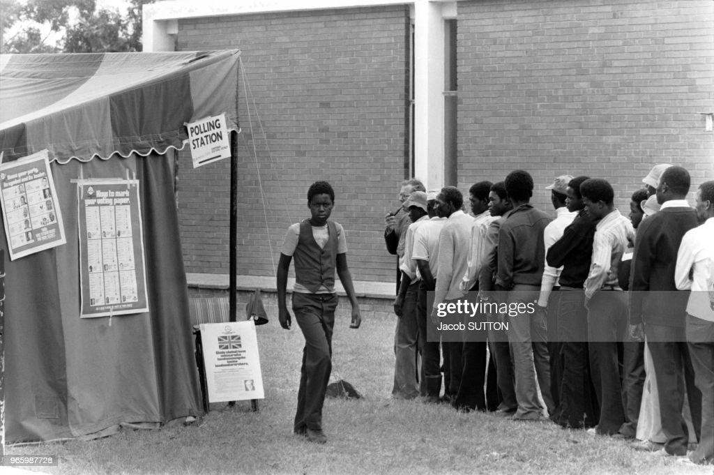 Vote des noirs en rhodésie en pictures getty images