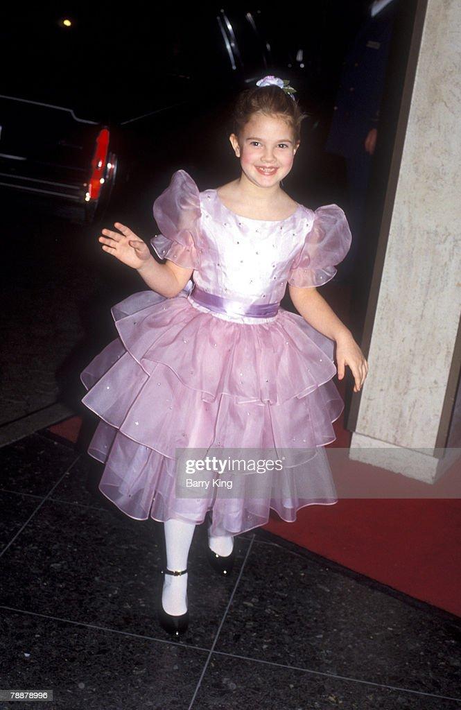 Drew Barrymore File Photos : News Photo