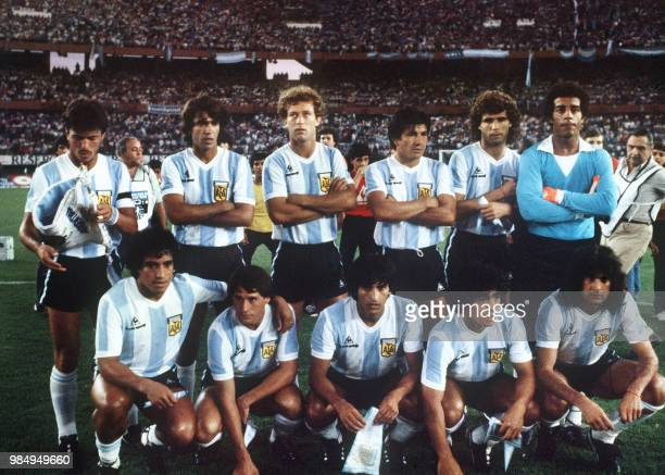 File picture dated 03 May 1982 of the soccer team of Argentina qualified for the final round of the 1982 World Cup Standing from L to R Daniel...