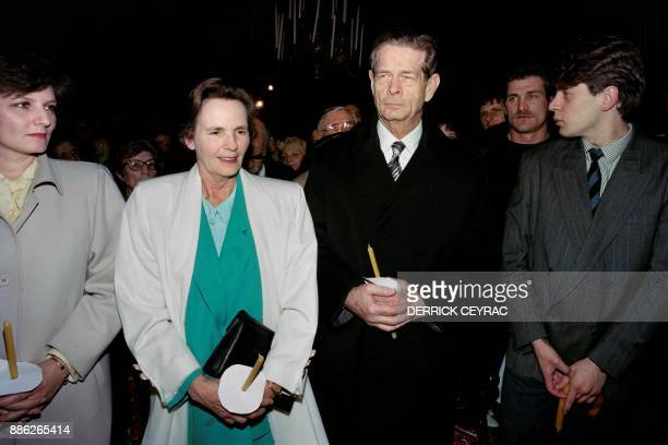 A file picture taken on April 14 1990 shows Romania's former king Michael I his wife former queen Anne of BourbonParma and their daughter princess...