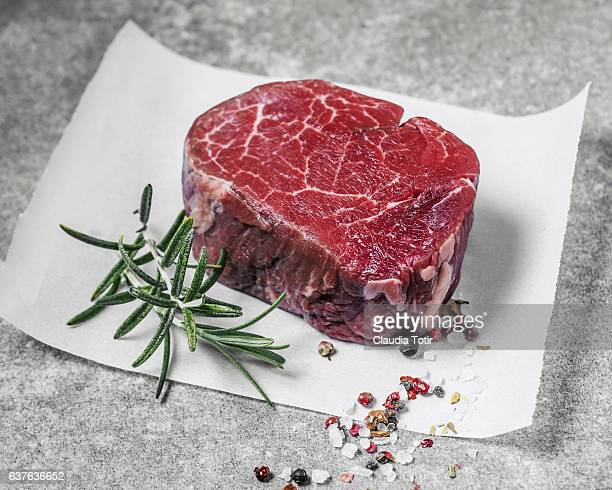 filet mignon - meat stock pictures, royalty-free photos & images