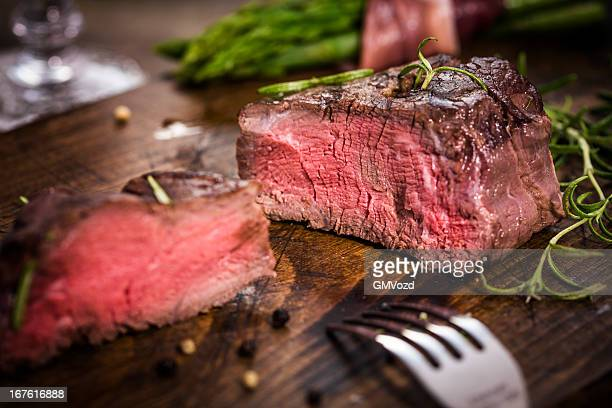 filet mignon with asparagus - fillet stock pictures, royalty-free photos & images