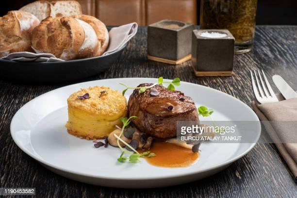 filet mignon with bordelaise sauce and prepared potato - フランス料理 ストックフォトと画像