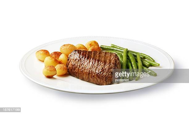 filet mignon with potatoes and green beans