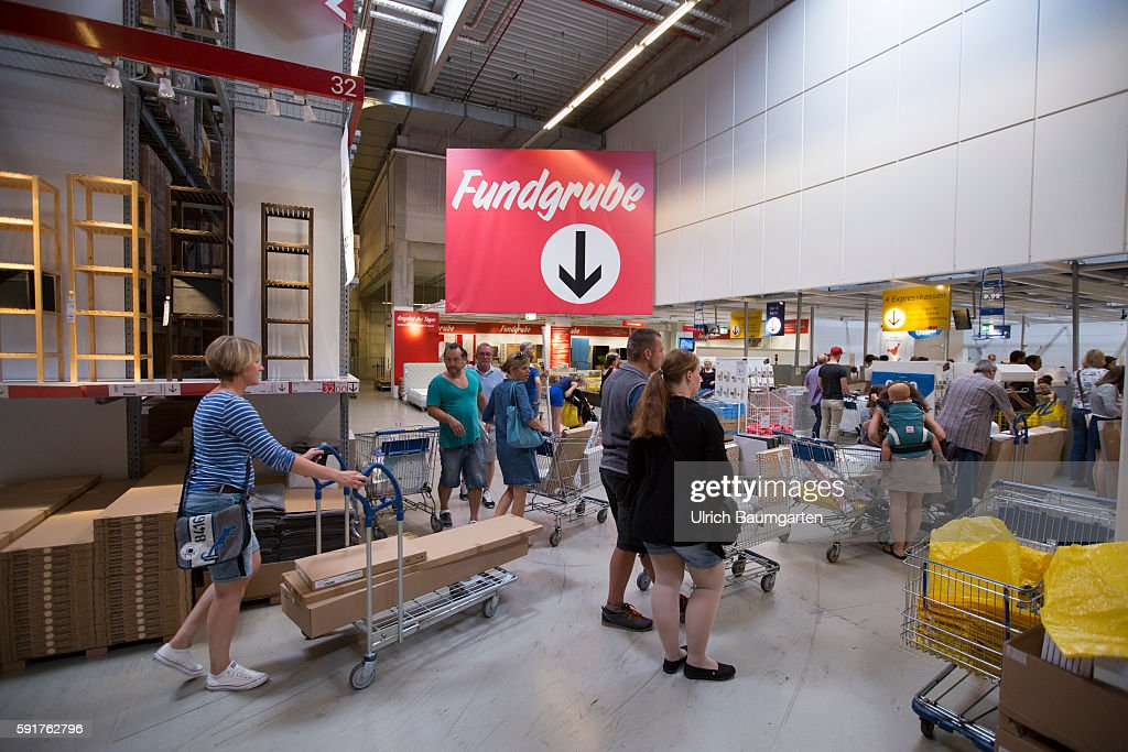 Filiale Of The Swedish Furniture House Ikea In Cologne Customers