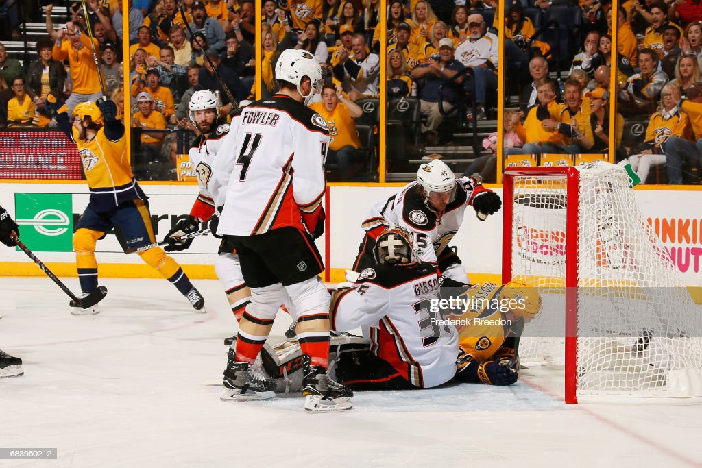 Filip Forsberg #9 of the Nashville Predators scores a goal during the third period against the Anaheim Ducks in Game Three of the Western Conference Final during the 2017 Stanley Cup Playoffs at Bridgestone Arena on May 16, 2017 in Nashville, Tennessee.