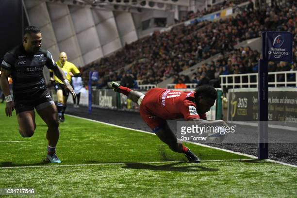 Filip Nakosi of RC Toulon scores a try during the Champions Cup match between Newcastle Falcons and Toulon at Kingston Park on January 18, 2019 in...
