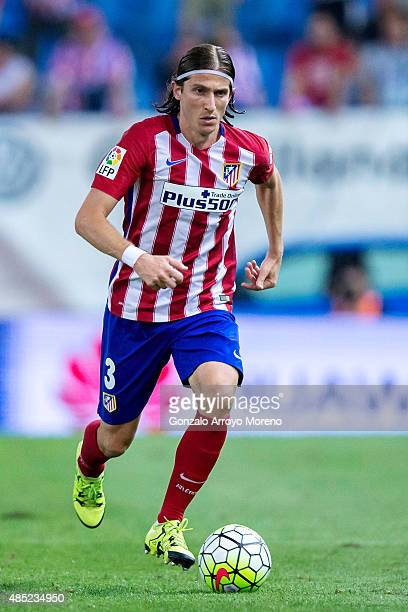 Filipe Luis of Atletico de Madrid controls the ball during the La Liga match between Club Atletico de Madrid and UD Las Palmas at Vicente Calderon...