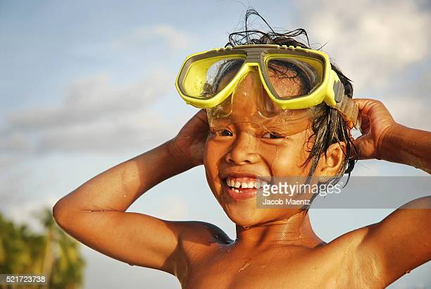 Filipina child