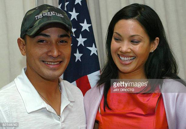 Filipino actor Cesar Montano and FilipinaAustralian actress Natalie Mendoza pose in Manila 07 February 2005 during a press conference about the...