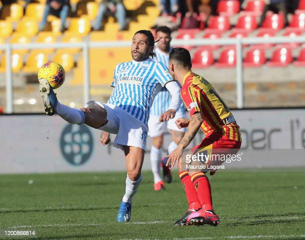 Filippo Falco of Lecce competes for the ball with Lucas Castro of Spal during the Serie A match between US Lecce and SPAL at Stadio Via del Mare on...