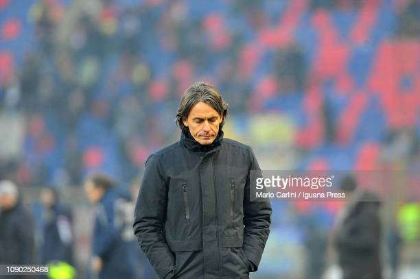 Filippo Inzaghi head coach of Bologna FC looks dejected at the end of the Serie A match between Bologna FC and Frosinone Calcio at Stadio Renato...