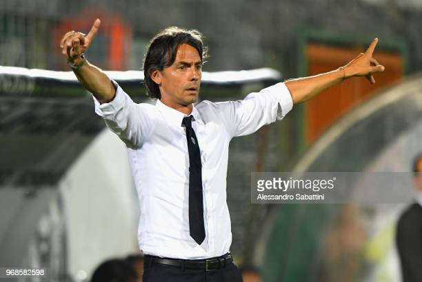 Filippo Inzaghi head coach of Venezia FC gestures during the serie B playoff match between Venezia FC and US Citta di Palermo at Stadio Pier Luigi...