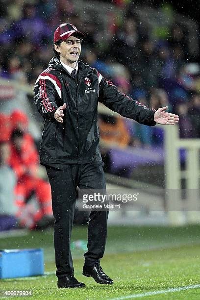 Filippo Inzaghi manager of AC Milan gives instructions during the Serie A match between ACF Fiorentina and AC Milan at Stadio Artemio Franchi on...