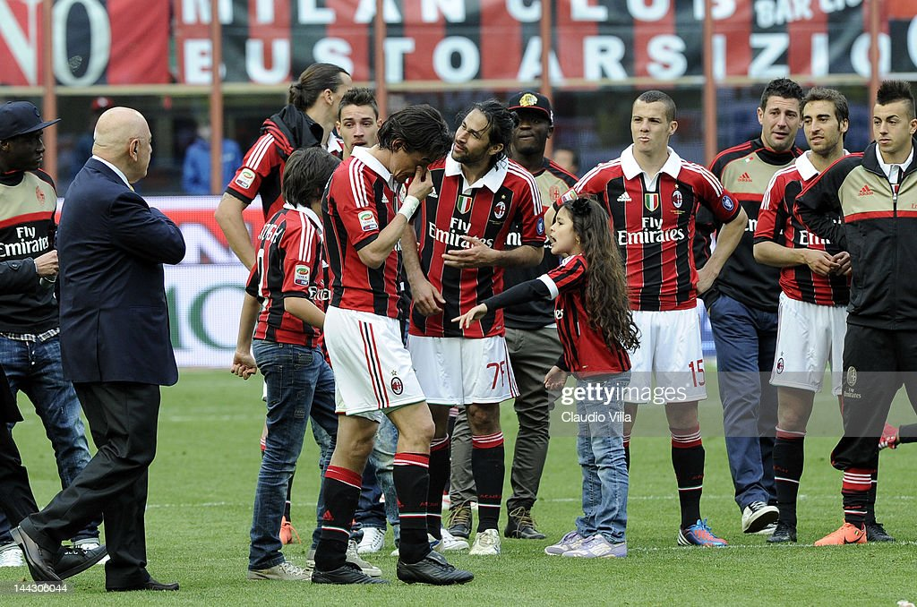 Filippo Inzaghi of AC Milan cries after his last game for AC Milan after the Serie A match between AC Milan and Novara Calcio at Stadio Giuseppe Meazza on May 13, 2012 in Milan, Italy.