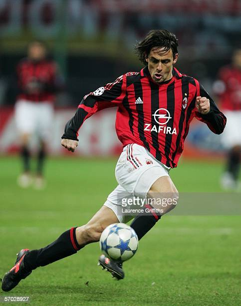 Filippo Inzaghi of AC Milan in action during the First KnockOut Round Second Leg match between AC Milan and Bayern Munich at the San Siro on March 8...