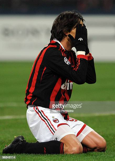 Filippo Inzaghi of AC Milan shows his dejection during the UEFA Champions League round of 16 first leg match between AC Milan and Manchester United...