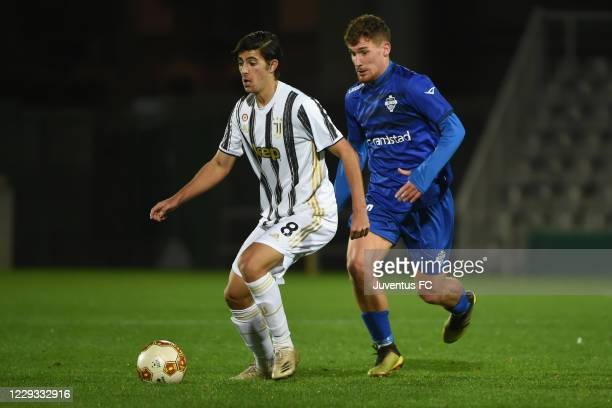 Filippo Rnocchia of Juventus U23 in action during the Serie C match between Juventus U23 and Como at Stadio Giuseppe Moccagatta on October 28, 2020...
