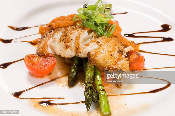 Fillet of white fish and vegetables