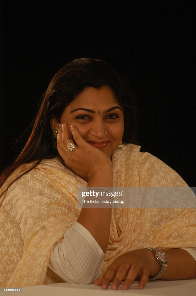 Film Actress Khushboo on the sets of Seedhi Baat, a popular TV show aired on Aaj Tak in Chennai, Tamil Nadu, India : News Photo