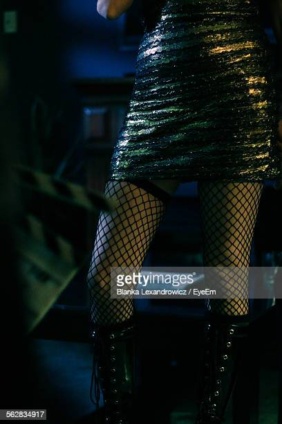 film actress ready for shot in front of clapperboard - celebrity stockings stock pictures, royalty-free photos & images