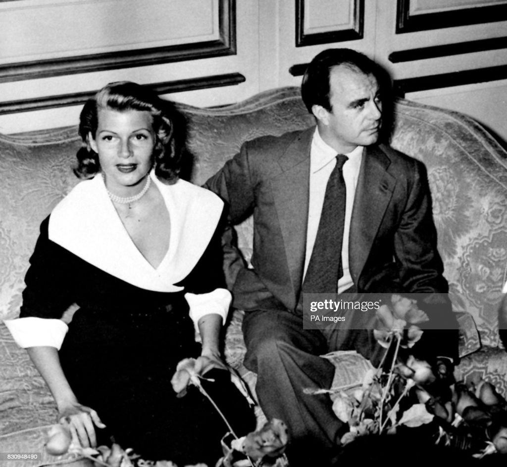 Rita Hayworth and Prince Aly Khan : News Photo