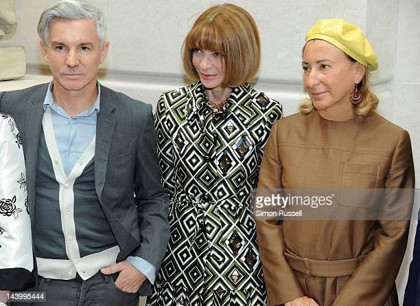 "Film Director Baz Luhrmann, Editor-in-Chief of Vogue Anna Wintour and designer Miuccia Prada attend the ""Schiaparelli And Prada: Impossible..."