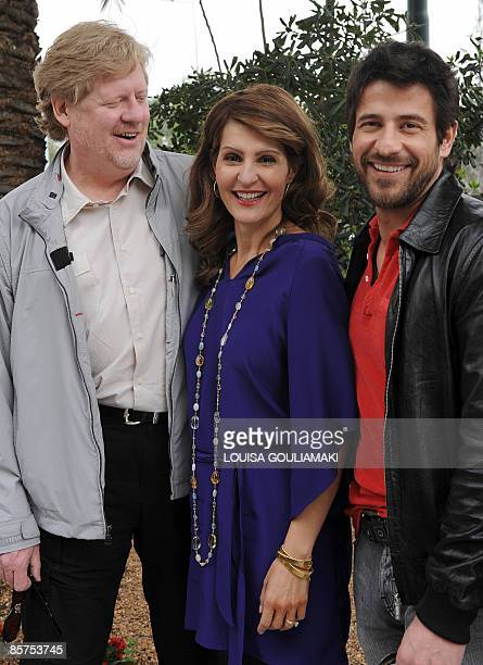 US film director Donald Petrie GreekCanadian actress and screenwriter Nia Vardalos and Greek actor Alexis Georgoulis pose during a press conference...