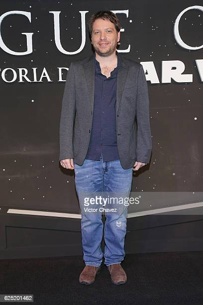Film director Gareth Edwards attends the Rogue One A Star Wars Story Mexico City fan event black carpet at Cinemex Antara on November 22 2016 in...