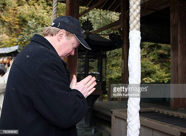 Film director Jay Russell visits the Golden Pavilion Kinkakuji Temple on January 26 2008 in Kyoto Japan Russell is in Japan to promote his film 'The...