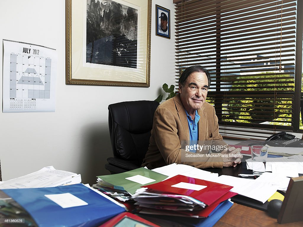 Oliver Stone, Paris Match, Issue 3306