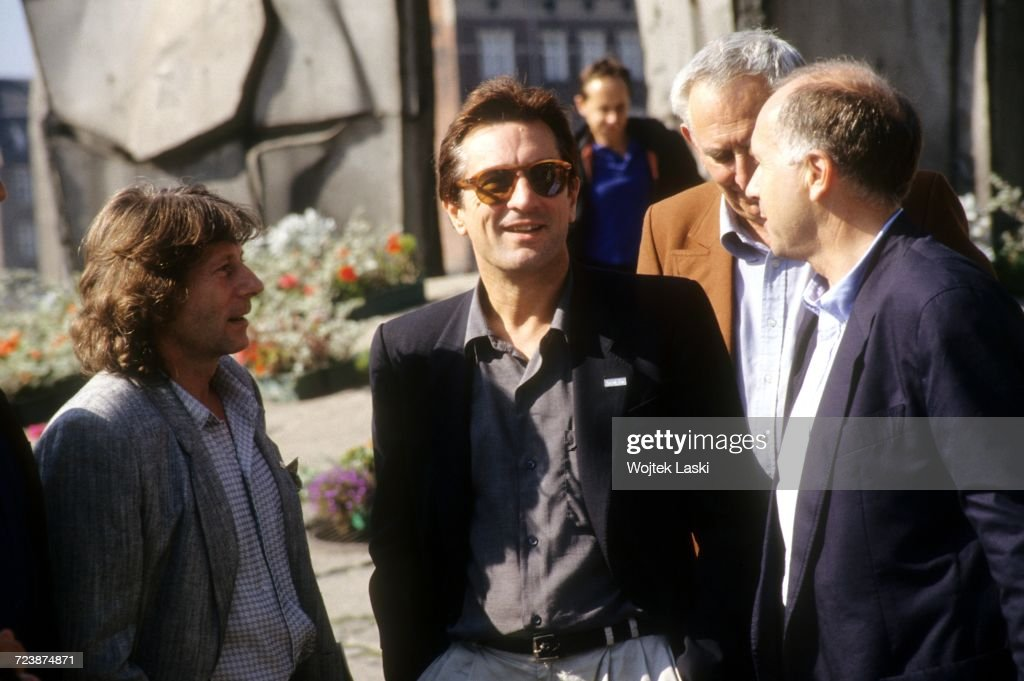 Film director Roman Polanski and American actor Robert De Niro during their visit to Gdansk, where they met with activists of the Polish trade union, Solidarity, Poland, 26th September 1989. Second from the right: Polish actor Gustaw Holoubek.