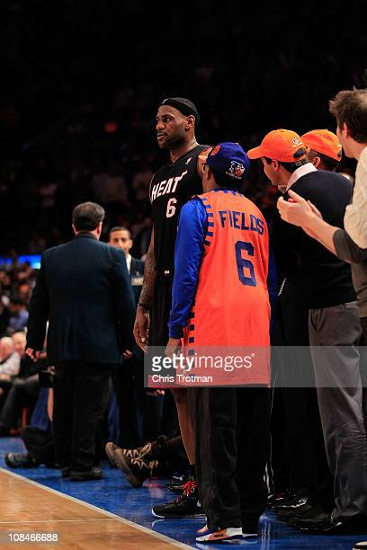 low priced 0266f 5f018 Film director Spike Lee talks to Lebron James during the game between the Miami  Heat and. Cleveland Cavaliers v New York Knicks
